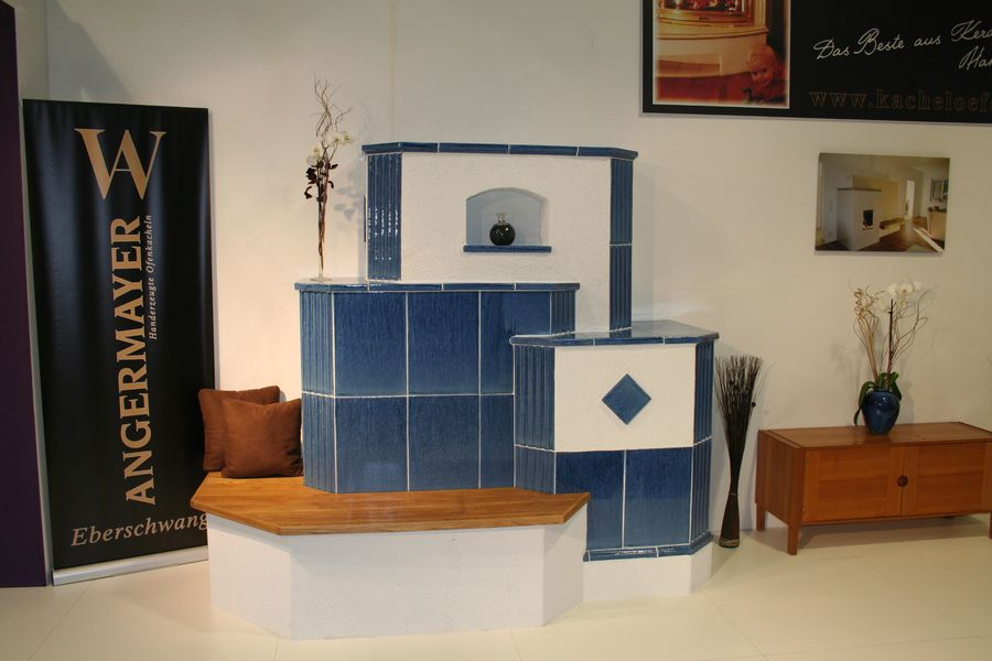 Wohnzimmer Ofen blau