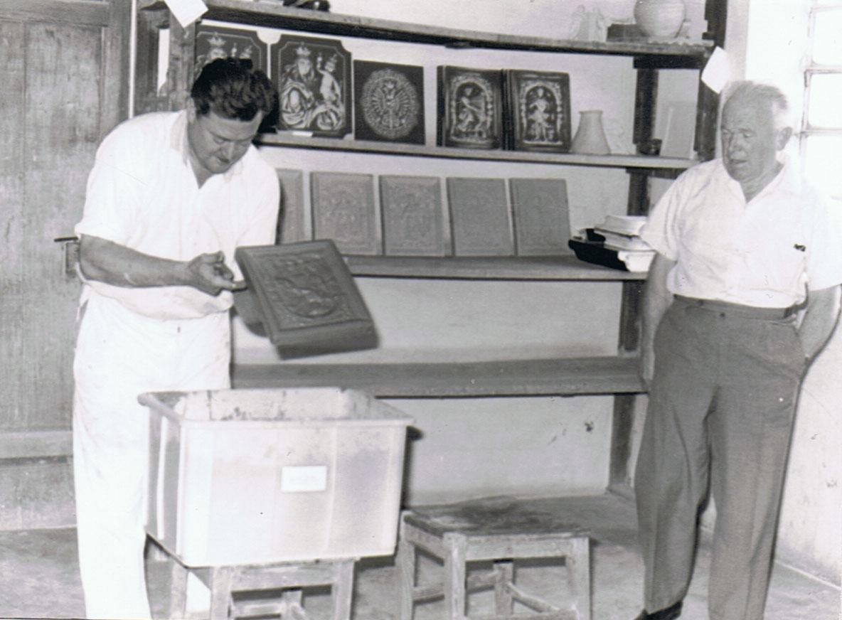 Der Firmengründer Anton Angermayer mit seinem Nachfolger Hugo Angermayer