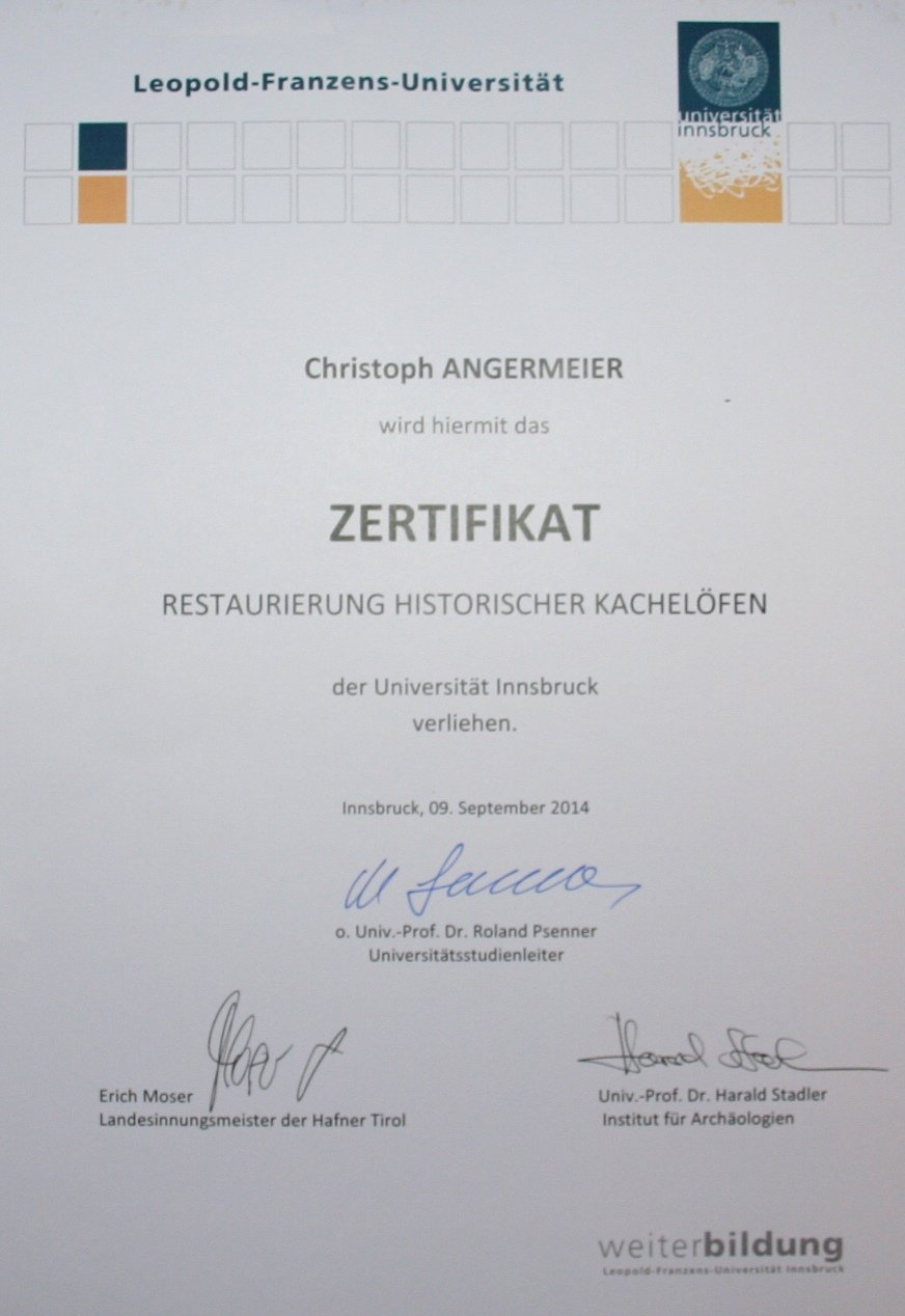 Nach 1,5 Jährigen Ausbildung wurde Christoph Angermayer diese Zertifikat überreicht