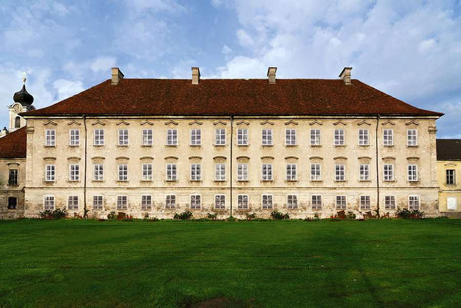 der Prälatenstock im ehem. Kloster Raitenhaslach