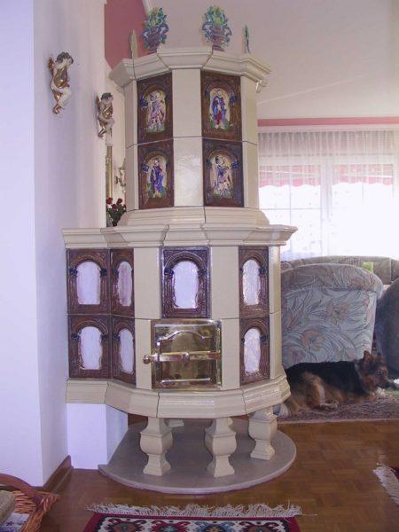 Prunk renaissance Ofen, Kachelofen mit Kreuzweg
