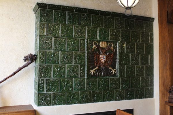kachelofen gotisch, 1632 Doppeladler Kachelofen