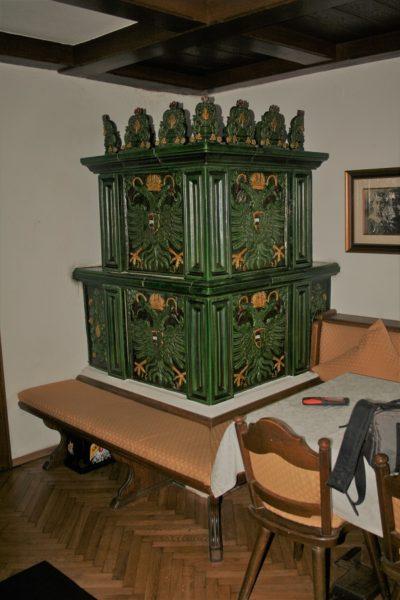 Doppeladler Ofen, gotischer Kachelofen, Renaissanceofen